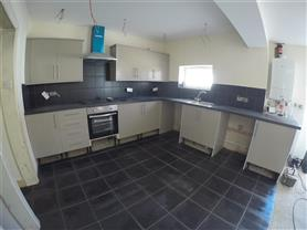 6 bedroom house for rent
