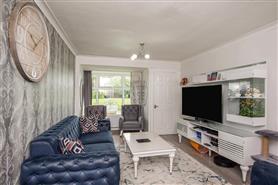 2 bedroom maisonette flat