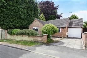 2 bedroom detached bungalow for rent