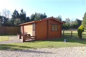 1 bedroom log cabin for rent