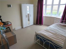 1 bedroom house share for rent