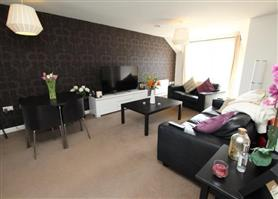 2 bedroom  flat share