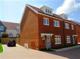 4 bedroom  semi-detached