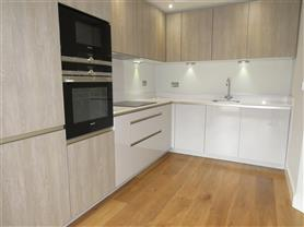 2 bedroom penthouse for rent