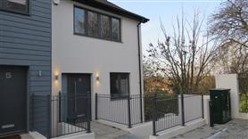 5 bedroom end of terrace for rent