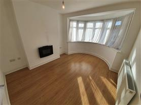 3 bedroom not specified for rent