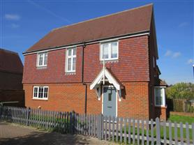 4 bedroom semi-detached for rent