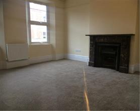 4 bedroom maisonette for rent